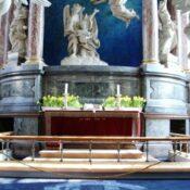 Støvsugerkunst i Vor Frelsers Kirke